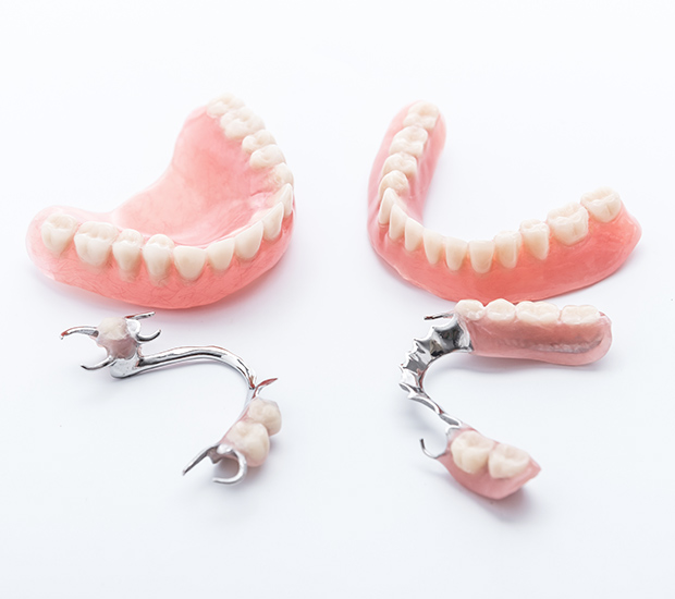 Oak Ridge Dentures and Partial Dentures